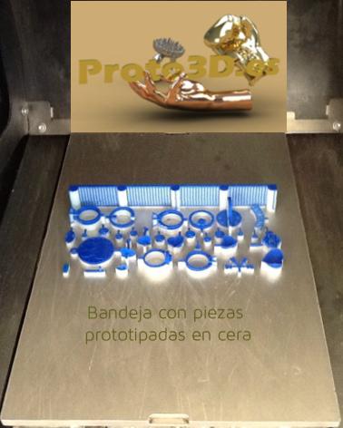 Impresión de modelos 3D en una bandeja.